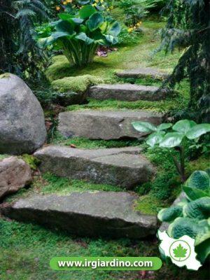 پله گذاری ویلا شیب دار